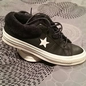 Black Leather converse fur lined size 7.5
